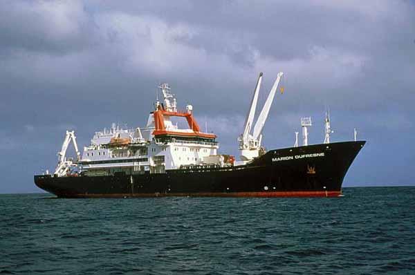 Исследовательское судно Marion Dufresne II.